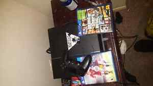 (NEW) PS4 with 12 months left online and two games Kitchener / Waterloo Kitchener Area image 2