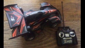 Remote control car with flashing lights