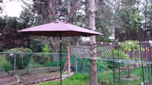 8 feet brand new patio umbrella
