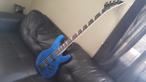Brand New Jackson bass mint, for trade or sale
