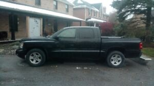 2008 Dodge Dakota SLT Pickup Truck