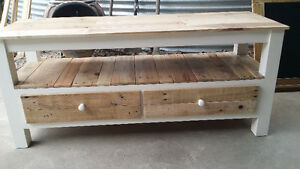 Rustic bench/hall table/TV unit made to measure from pallet wood