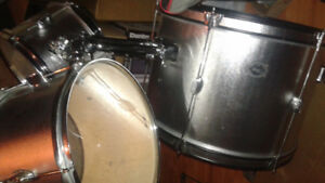 5 pc drum set with cymbals and hardware