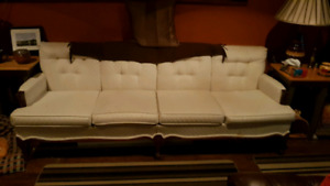 White sofa/couch