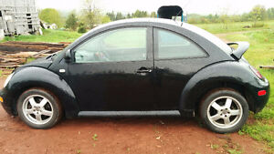 2000 Volkswagen Beetle GLX Coupe (2 door)