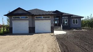 New Construction Bungalow on 1/2 acre lot in Humboldt