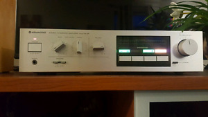 KENWOOD stereo amp, well built, excellent sound quality