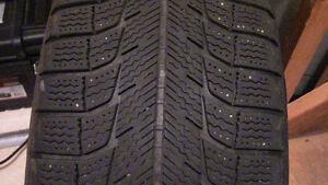 2   Winter tires on RIMs 215 / 70 R15 Kitchener / Waterloo Kitchener Area image 2