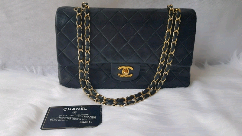 920b7806cb20 QUICK SALE Authentic Chanel Classic lambskin black bag