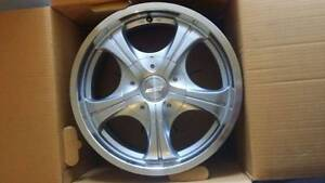 "Speedy Alloy wheels 15x6.5"" 4x114.3pcd 20offset, Almost new Newton Campbelltown Area Preview"