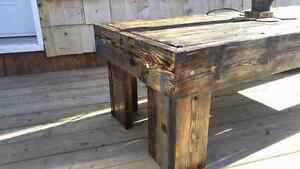 Barn board coffie table 2foot by 5foot by 16 inch Cambridge Kitchener Area image 9