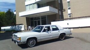 Classic 1987 Crown Victoria LTD Like New
