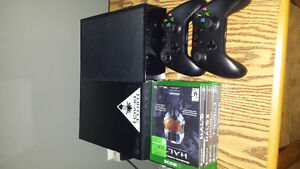 Xbox one 2 controllerso 5 games.