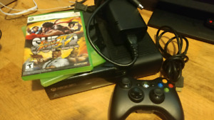 XBOX 360 SLIM 250 GB WI FI WITH 2 GAMES