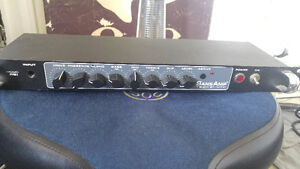 Tech 21 NYC RBI bass preamp