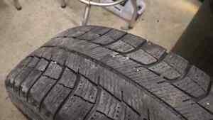 Pneus hiver 195-65-15 Michelin