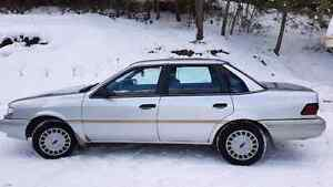 1993 ford tempo. Needs some work.