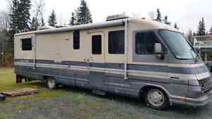 32ft Pace Arrow motorhome Prince George British Columbia image 9