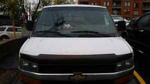 15 Passengers Van Chevy Express Extended 3500