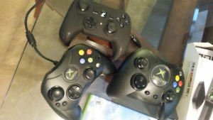 XBOX + 5 Games + Accessories +3 controllers  $60 or best offer
