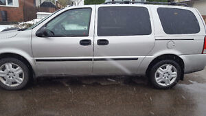2009 Chevrolet Uplander with 86,000 km!!!! $9500 obo