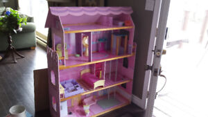 Barbie house and elevator with furniture