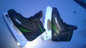Reebok RW 250 and NIKE BAUER Vapor IX ice skates
