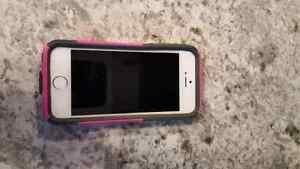 Iphone 5S 32GB white/silver  Edmonton Edmonton Area image 5