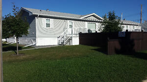 ***   (    ROOM    FOR    RENT  )   ***   (   WETASKIWIN,AB  )