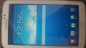 SAMSUNG TAB 3 GREAT CONDITION