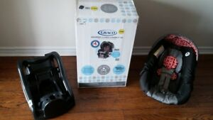 Graco car seat and base - Snugride Classic Connect 30 & Stroller