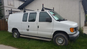 Ford E 250 Cargo Van 4.6l V8 Low Km