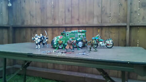 2002 TMNT characters and Vehicles Kitchener / Waterloo Kitchener Area image 1