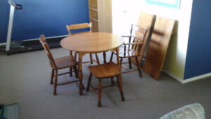 Roxton Solid Maple table and chairs