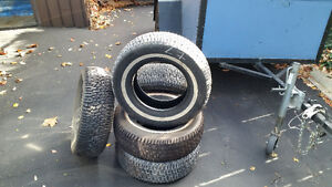 5 Goodyear winter tires. size P205-70R14.