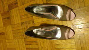 Expression High Heels! Mint condition ! Only worn once !