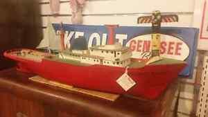 Wood ship quebec London Ontario image 1
