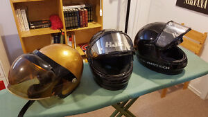 Casques de motoneige vintage