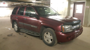2004 Chevrolet Trailblazer 4x4 LS (OPEN TO OFFERS!)