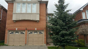 4Br House for Rent in Richmond Hill