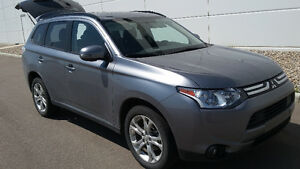 2014 Mitsubishi Outlander SE AWD - Private Sale No GST
