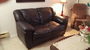 Leather Love Seat!!
