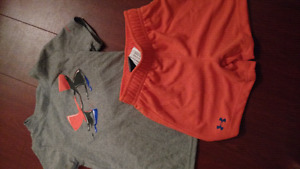 Quiksilver 18m shorts and tshirt