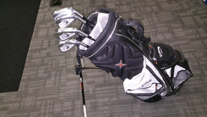 Set of golf clubs - used