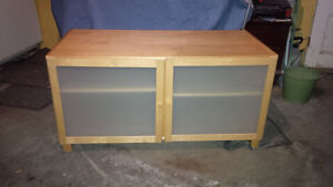 TV stand - good condition - pine
