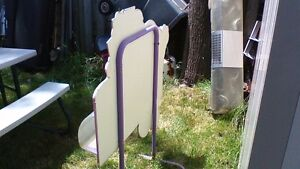 VERY RARE VINTAGE DAIRY QUEEN 3D STAND UP SIGN WITH TREAT BIN Stratford Kitchener Area image 4