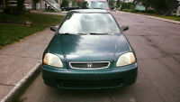 1997 Honda Civic LX Berline automatique a vendre 700$ nego ou...
