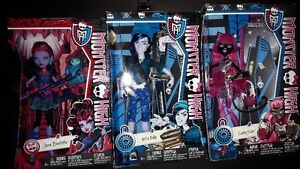 Monster High dolls and playset for sale