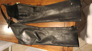 Womens. Soft Leather Riding Chap Size Small