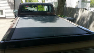 Chevy/GMC Tonneau Cover and Bed Liner